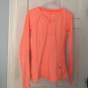 Lululemon long sleeve shirt excellent condition!